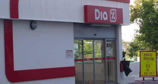 Distribution : Carrefour rachète les magasins Dia