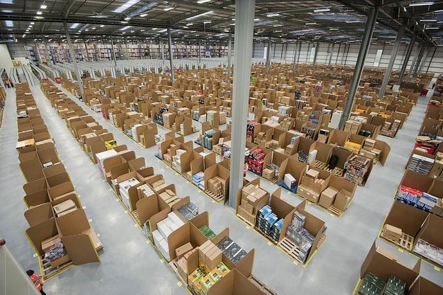 Amazon et l'U.S. Poste Service s'entendent pour livrer des produits alimentaires frais