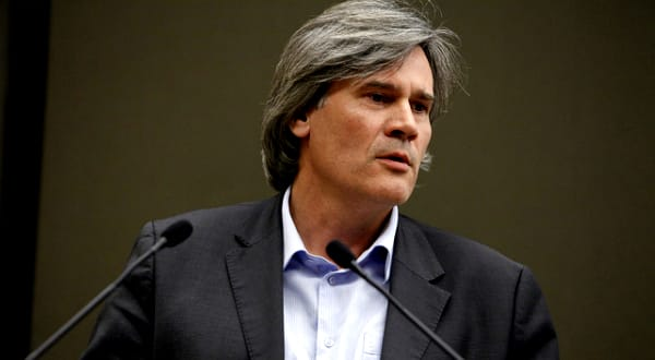 Volaille: «La filière volaille est en train de renaître», selon Stéphane Le Foll