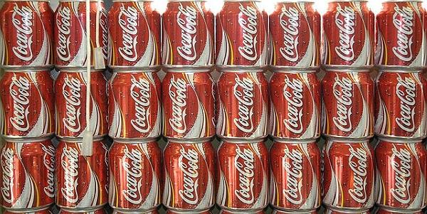 Coca-Cola accélère le processus de chargement grâce à des scanners Zetes installés sur les chariots élévateurs