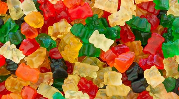 Les bonbons gélifiés : mode d'emploi, en direct des chaînes de production