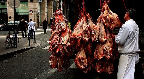 Viande: Un ancien responsable qualité de Castel Viandes dénonce les pratiques sanitaires