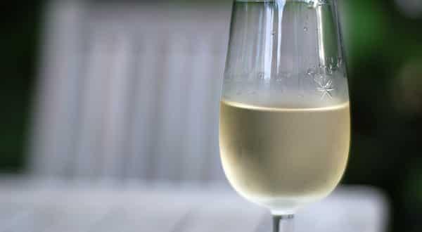 Insolite: Il est impossible de faire du vin rouge… gazeux