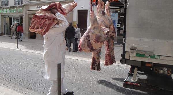 Viande: La COPA-COGECA appelle la Commission européenne à prendre des mesures