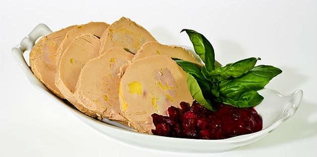 Foie gras : entre traditions et polémiques, décryptage d'un marché frappé par la crise