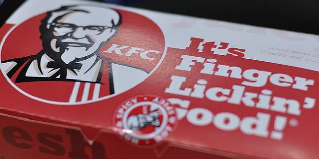 KFC Canada ose le hot-dog tout en viande