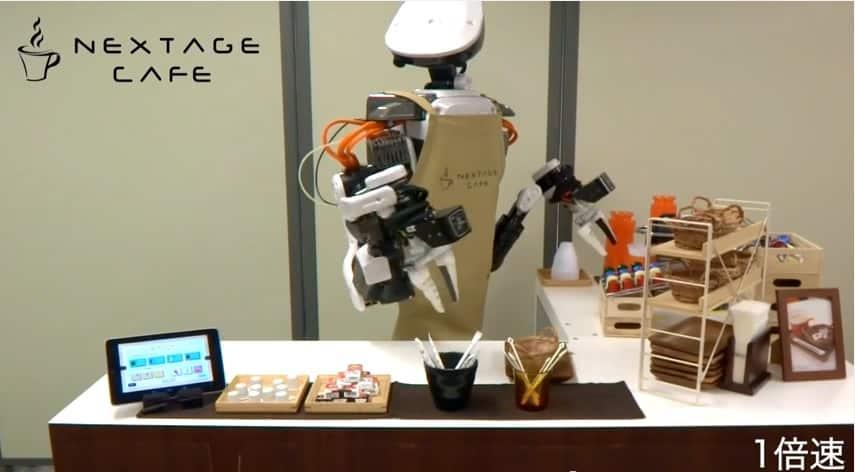 Les robots NextAge ne servent pas uniquement le café. Ils sont employés dans des lignes d'assemblage au Japon.