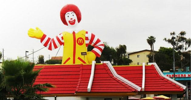 McDonald's accusé d'avoir dissimulé un milliard d'euros au Fisc