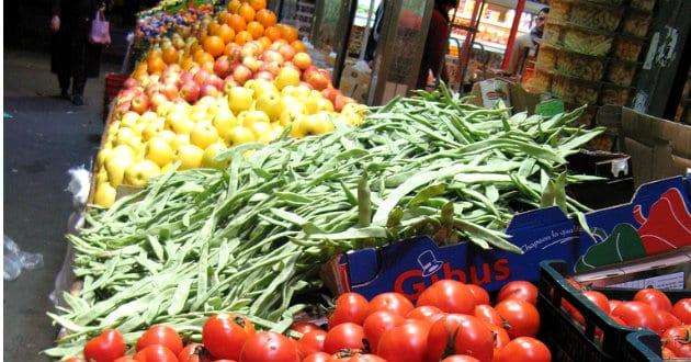 Les prix des fruits et légumes ont bondi de 22,1% en un an en Russie