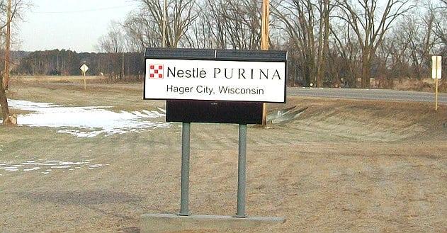 Nestlé ouvre sa première usine de pet food en Pologne