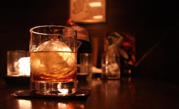 Les Français semblent cependant rester fidèles au whisky. En 2014, ils en auraient bu l'équivalent de 45 piscines olympiques, soit 140 millions de litres.