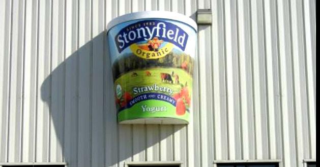 Danone annonce la cession de Stonyfield à Lactalis pour 875 millions de dollars