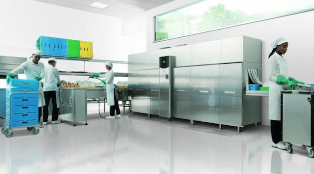 Le nouveau lave-vaisselle à avancement automatique d'Electrolux Professionnel