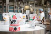 YéO frais fête les 50 ans de son usine et lance sa marque YoGourmand au rayon frais