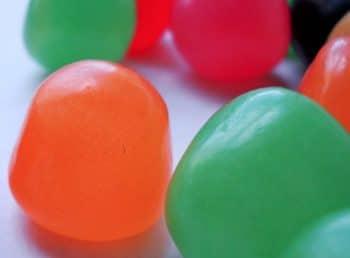 Dioxyde de titane : L'industrie agroalimentaire va devoir se passer de l'additif E171 à partir du 1er janvier 2020