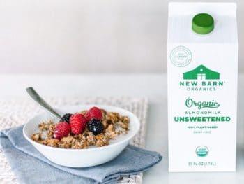 Emballage : New Barn Organics abandonne le plastique et choisit le carton pour son lait d'amande