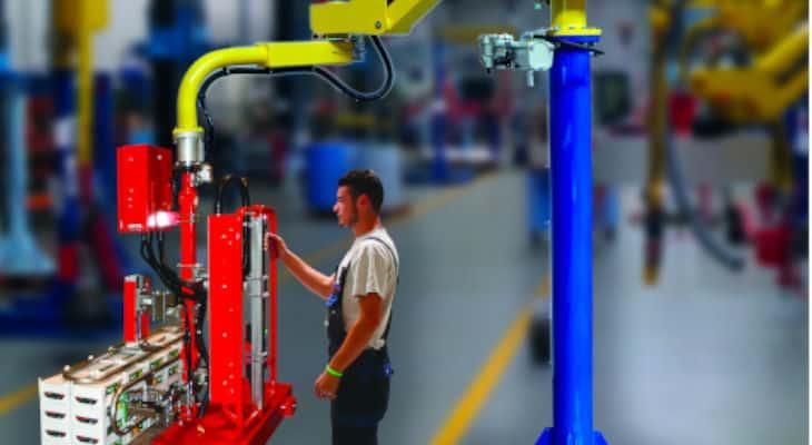 Manutention : Dalmec présente un nouveau manipulateur industriel sur colonne développé sur-mesure