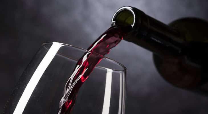 Covid-19 : La consommation de vin des Français est à son niveau historique le plus bas