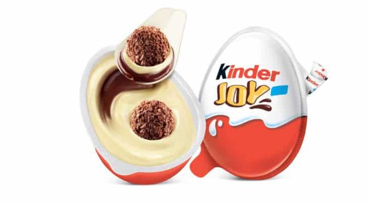 La nouvelle cuillère Kinder Joy de Ferrero en papier  sera lancée en 2021