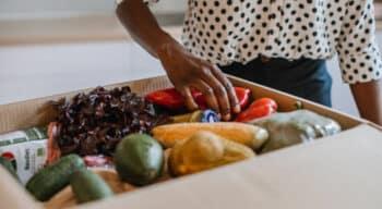 Une hausse de 32% de dons alimentaires des entreprises de l'alimentation en 2020