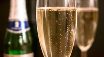Malgré une chute de 18% des volumes, la filière Champagne résiste