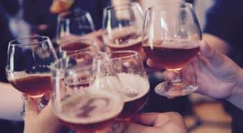 Alcool : Les consommateurs font rimer « confiné » avec « modéré »