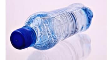 Les Français souhaitent plus que jamais réduire leur utilisation de plastique à usage unique selon un sondage OpinionWay